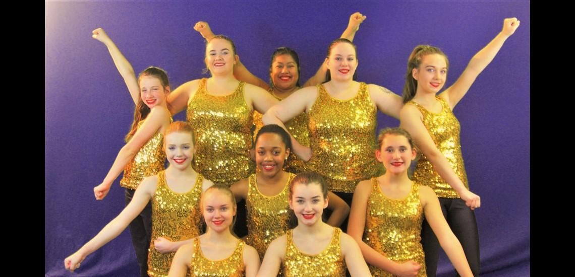 Somerset Independent Athletics – Nationally Competitive Cheer and Dance Teams;