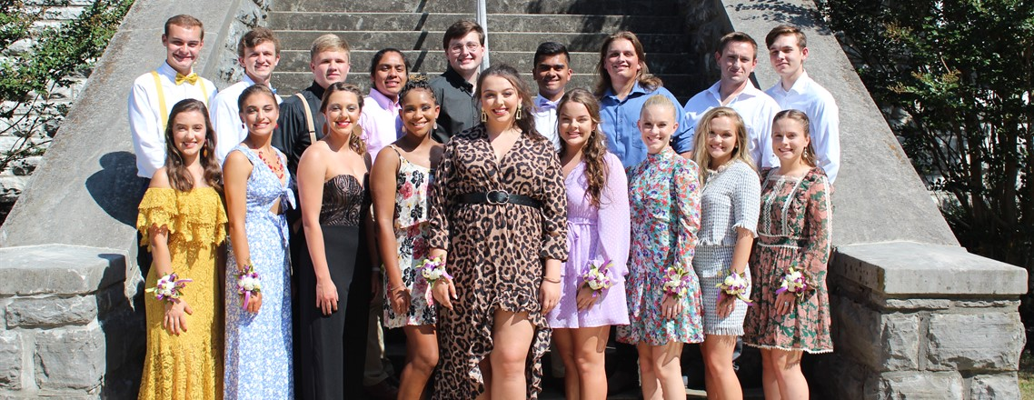 Homecoming candidates and their escorts 2019